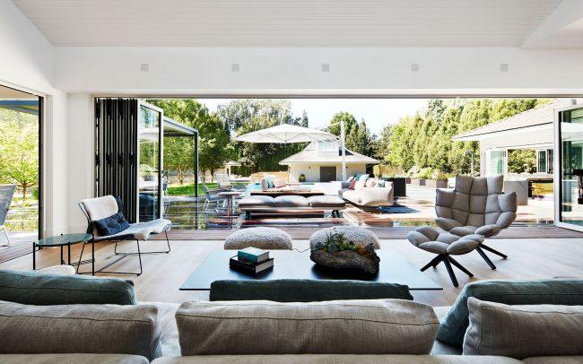 HDA-Balaclava-Indoors Outdoors