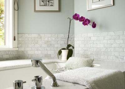 parksville-interior-design-bathroom-tub