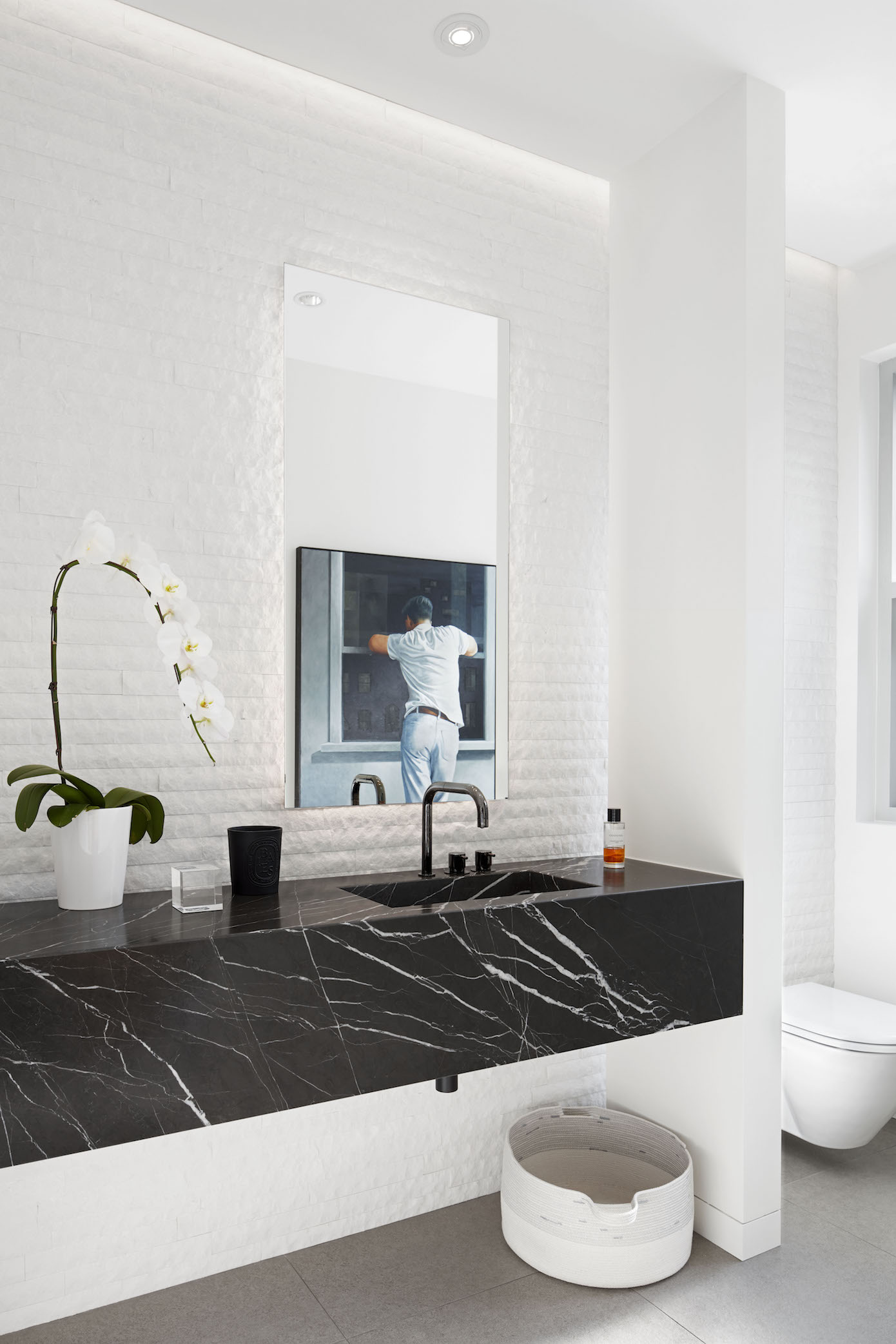 Marine Drive Modern Bathroom